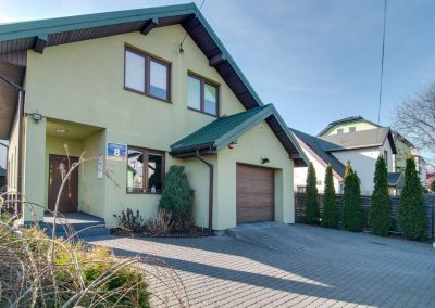 Zdjęcia domu na sprzedaż w Zielonce